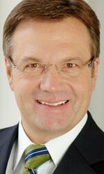 Portrait: Günther Platter - Governor of Tyrol
