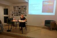 """Paula Schlier: """"Petras Aufzeichnungen oder Konzept einer Jugend nach dem Diktat der Zeit"""". Buchpräsentation. Lesung: Ulrike Lasta (Bild). © Brenner-Archiv"""