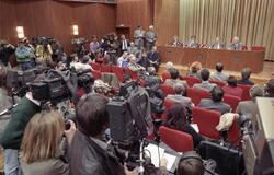 Pressekonferenz des Ostberliner SED-Chefs Günter Schabowski am 9.11.1989