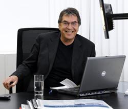 Univ.-Prof. Dipl.-Ing. Dr. techn. Arnold Klotz