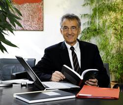 Univ.-Prof. Dr. Dr.h.c.mult. Tilmann Märk