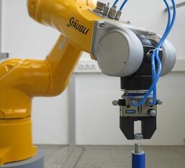Roboter_Staubli_Sept18_final