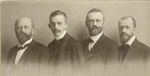 v.l. n.r: Rudolf, Hermann, Richard, Hugo Greinz, 1908