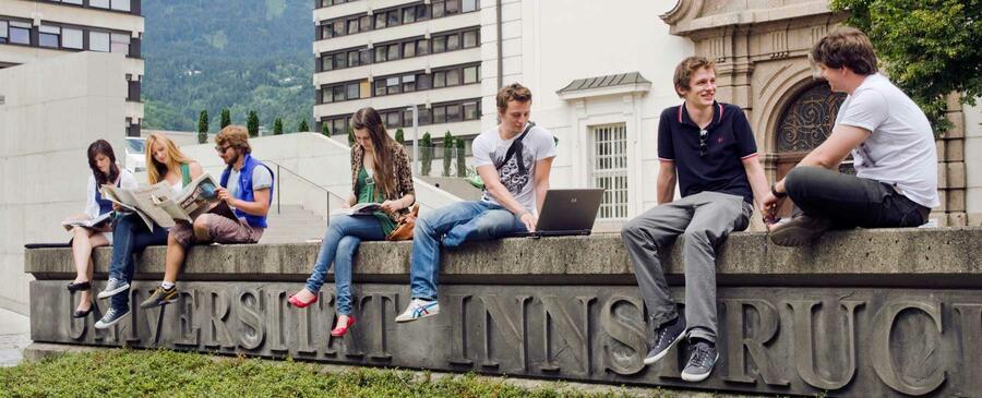 Banner Institut für Psychologie (© Universität Innsbruck)