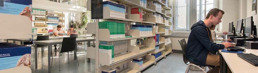 Lesesaal Medizinisch Biologische Fachbibliothek