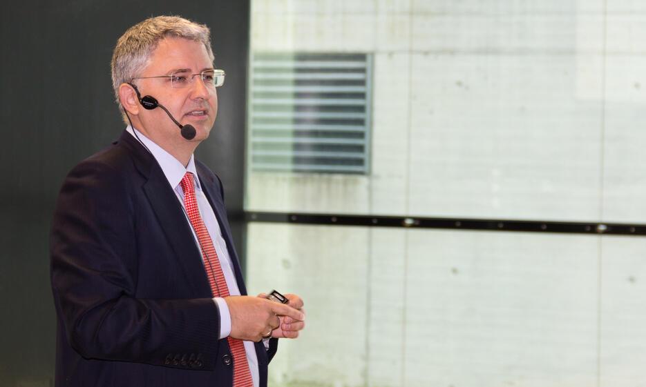 2017-11 Severin Schwan Vortrag
