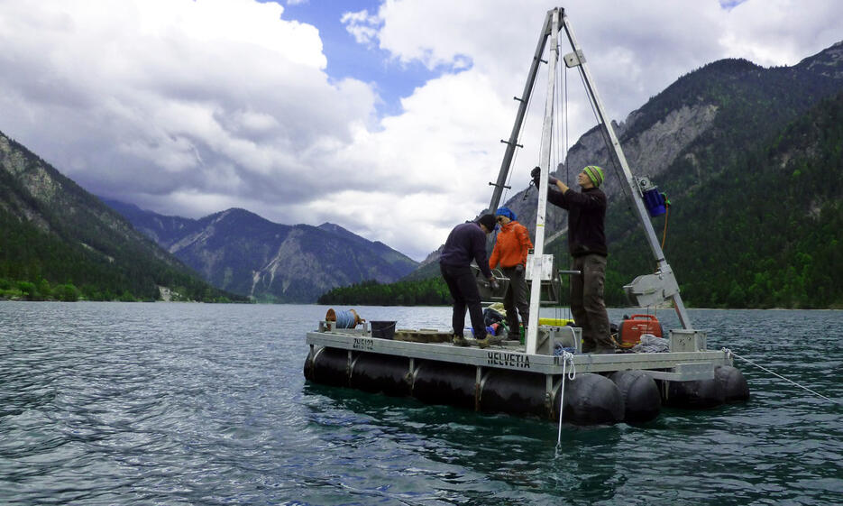 In the 8 m long sediment cores the geologists found different types of earthquake traces in the sediments. The picture shows the Plansee in Reutte, Tyrol.
