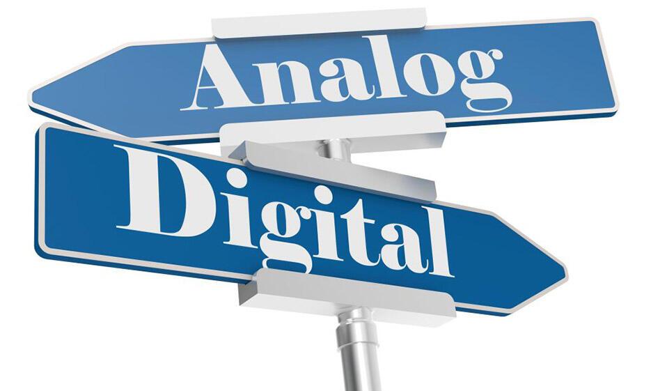 Wegweise Analog und Digital