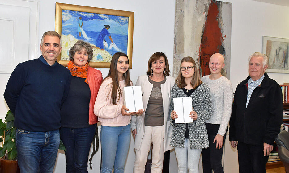 Die Gewinnerinnen des Jugendliteraturwettbewerbes