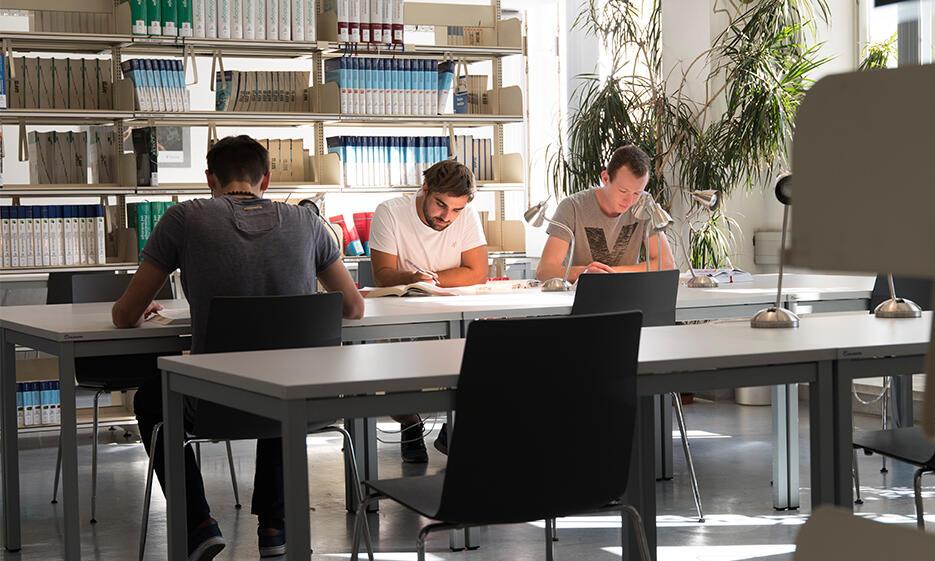 Med.-Biolgische Fachbibliothek