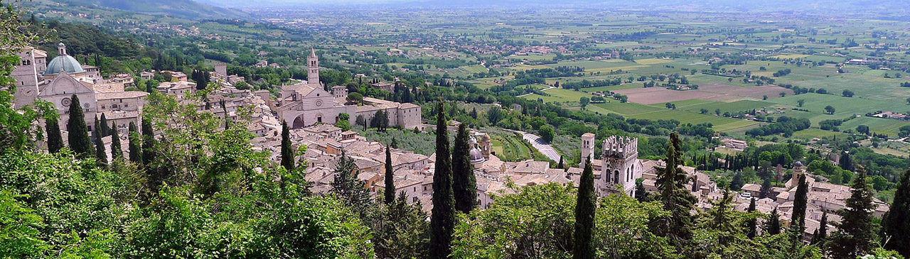 assisi-landschaft-panorama_1280x365
